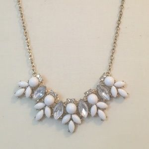 White and Gold Boutique Necklace